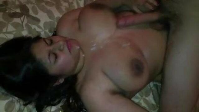 गर्म गड़बड़ II सेक्सी फिल्म फुल मूवी वीडियो में