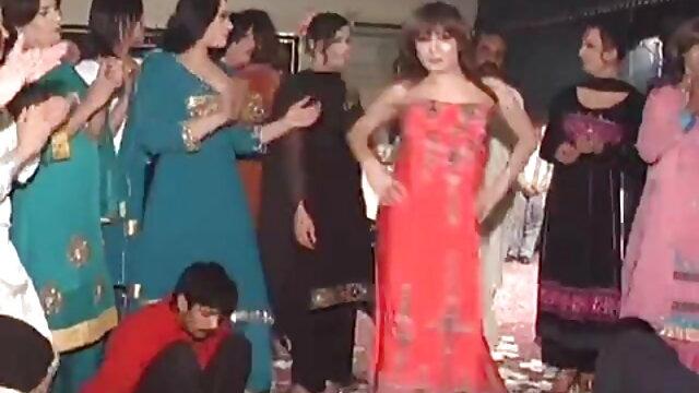 मालकिन लेटेक्स और दूसरों बंधन सेक्सी पिक्चर हिंदी फुल मूवी के साथ मज़ा है।