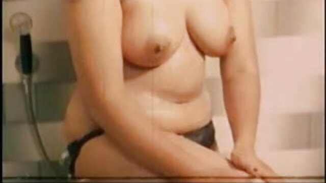 बिग टिटि फुल सेक्सी फिल्में बेक्का डायमंड को गले और गहरे लिंग से प्यार है