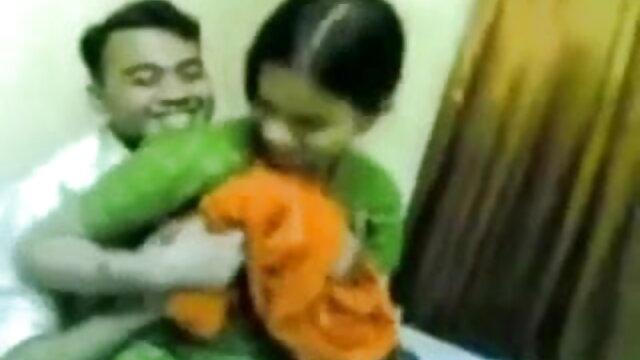 थपकी हिंदी में फुल सेक्स मूवी थपकी मोटी बड़ी लूट सुपर सिर और गधा मोटी लूट एच