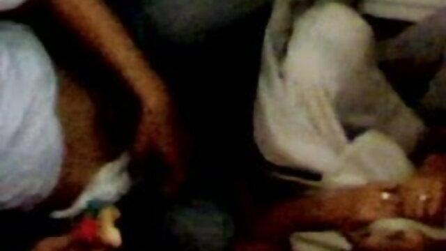 बाथरूम में युगल सेक्सी फिल्म फुल मूवी वीडियो एचडी