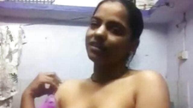 सेक्सी बीबीडब्ल्यू बेब किम उसके दोस्तों के एक समूह द्वारा गड़बड़ सेक्सी फुल मूवी हिंदी वीडियो हो जाता है