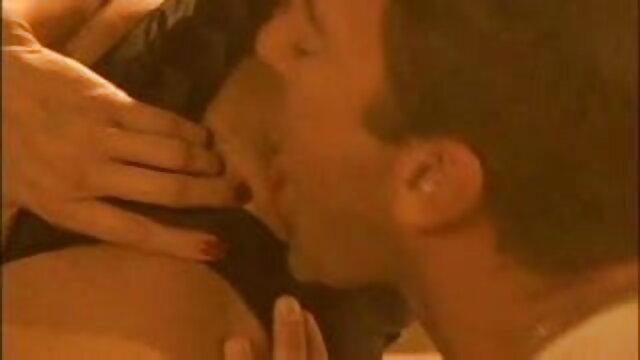 द्वि-बीआई सेक्सी फुल मूवी एचडी में