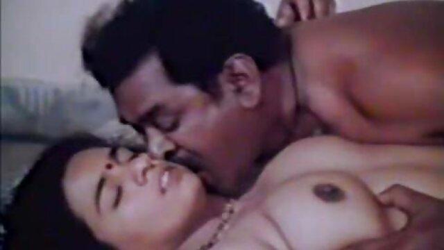 बूढ़े आदमी के साथ सेक्सी फिल्म वीडियो फुल दाई बेब