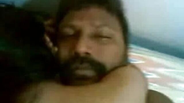 शरारती कौगर को सेक्सी वीडियो फुल फिल्म हैंडसम देना पसंद है