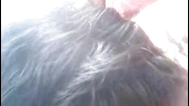 लड़का लड़की की सवारी मुर्गा सेक्सी फिल्म फुल एचडी में देखता है