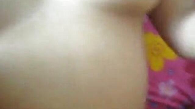 जेनवेव जोली - चिका बूटी सेक्सी वीडियो फुल एचडी मूवी