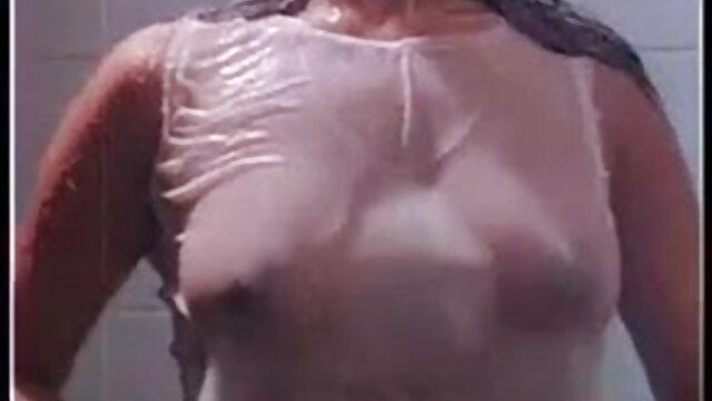 बड़े स्तन कमबख्त फुल सेक्सी वीडियो फिल्म बीवीआर के साथ गर्म गोरा