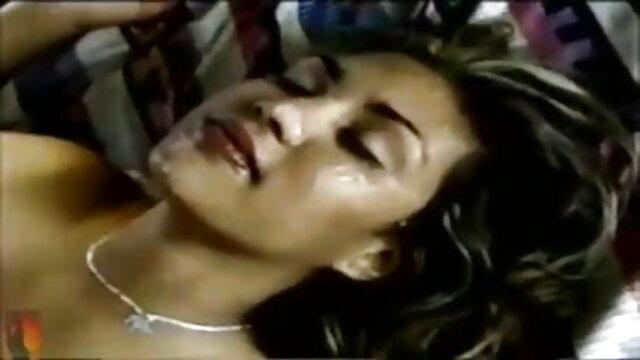 हार्ड गैगिंग फुल हिंदी सेक्स मूवी