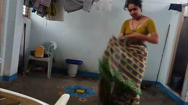 बस प्रियंका चोपड़ा की सेक्सी फुल मूवी एक भयानक बकवास वे दोनों इसे देखो