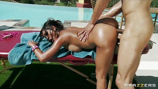 Briana सेक्सी बीएफ वीडियो फुल मूवी गुदा टॉवर पर बकवास शुरू करते हैं